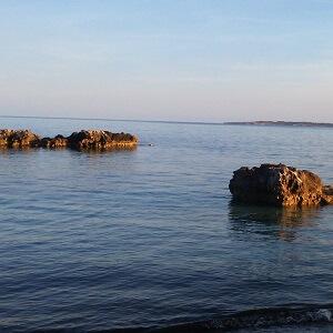 Zur Ruhe kommen am abendlichen Strand