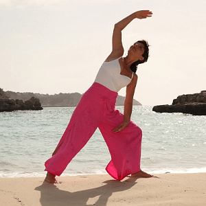 <br>YOGA RETREAT<br>Detox & Darmgesundheit